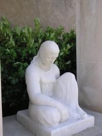 Ouveillan_monument_aux_morts_003