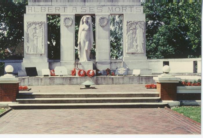 Albert_le_monument_aux_morts_de_1_4