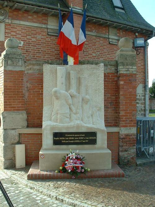 Suippes 1 : Pour l'honneur des caporaux de Souain